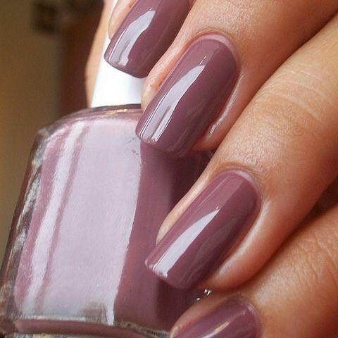 171 best Nail Polish World images on Pinterest | Fingernail designs ...
