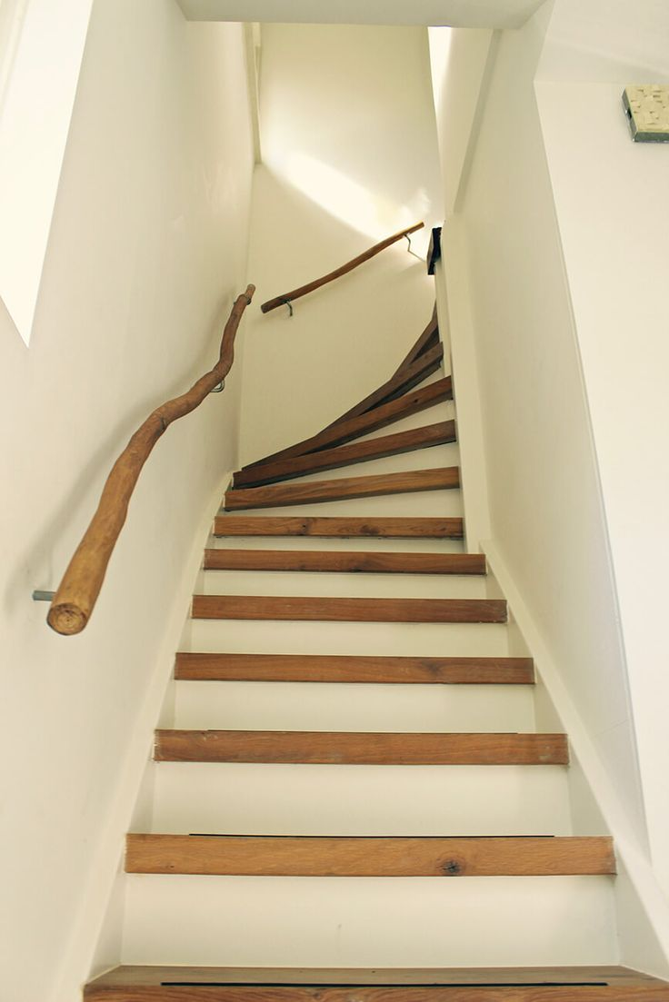 Natuurlijke trapleuning | Tak trapleuning | Hamer en Hark | Boomhutten, Woonhutten, Tuinhuizen, Speeltoestellen
