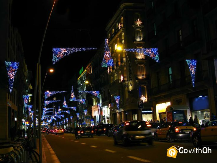 The Christmas lights in #Barcelona add an exciting flair to the city! What's your favorite festivity in your town?  #GowithOhXmas #GowithOh