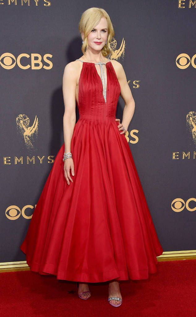 <p>The A-line silhouette on Nicole's deep-red gown was absolutely flattering: Not only does she look tall because of the ankle-length hem, but the full skirt gives the actress shape. </p>