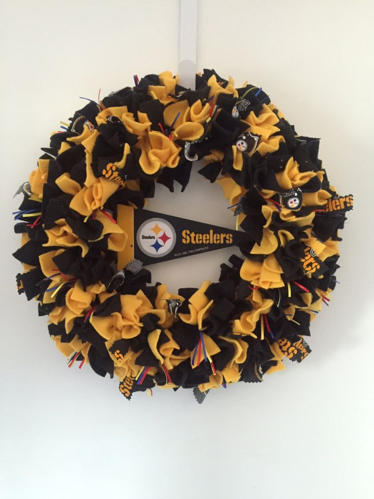 Steelers Wreath, Black and gold, NFL, Football team, Pittsburgh, home decor, Steelers fan, door decor, dorm decor, football fan by MOSTaDOORableWREATHS on Etsy