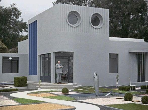 Casa Arpel. Lineas sencillas, ordenadas, material frio y colores lisos.