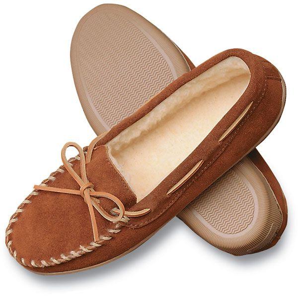 Minnetonka Men's Suede Pile Lined Hardsole Slippers