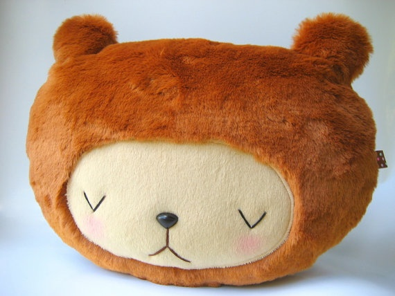 CUTE! It could be a pillow~<3