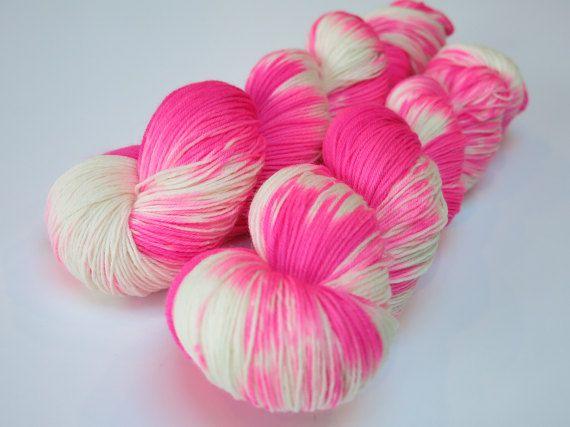 Choufunga / Girly Girl / Hand dyed superwash merino sock wool / yarn / indie dyer / unique yarn / fingering wool / bright rainbow