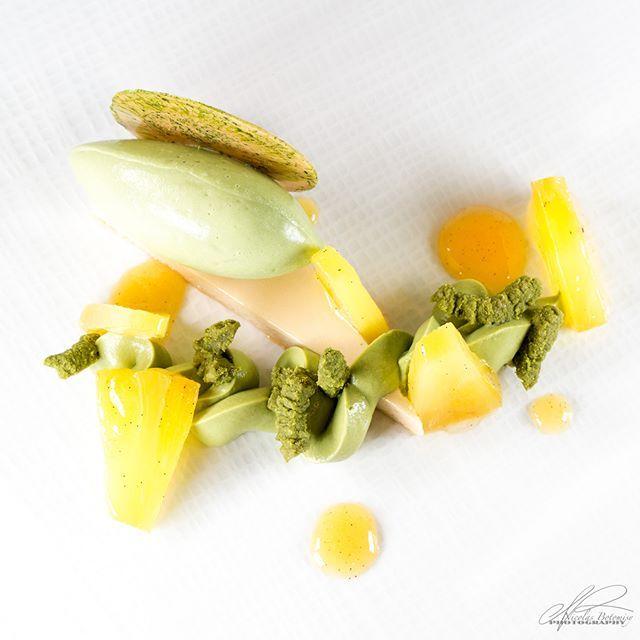 #plateddessert #ecolevalrhona #ecolevalrhonabrooklyn #valrhonausa #valrhona #handsonclass #pastry #foodporn #sharing #fun #nicolasbotomisy #cheflife #instagood #pineapple #matcha #japan #shizuoka #greentea #vanilla #prova #opalys #dulcey #sousvide #bernardaud #canon5dmkIII #100macro #led .