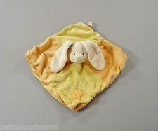 Doudou plat carré lapin velours orange jaune Nicotoy 27 cm