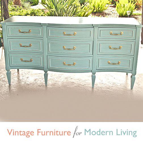 Best Vintage Bassett Furniture 9 Drawer Serpentine Dresser Serpentine Dresser Furniture Vintage 400 x 300