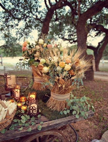Different fashions to match your style to your Wedding, from BoHo to Vintage and Rustic too. See all the options at http://glamshelf.com