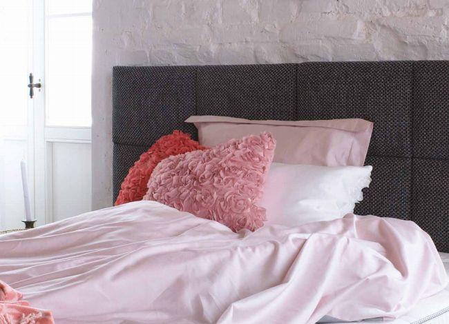 sypialnia w stylu minimalistycznym, minimalizm, wystrój wnętrza, wnętrze, jak urządzić sypialnię, piękna sypialnia, modny wystrój wnętrza, modna sypialnia, łóżko, łóżka, poduszki, materac, poradnik  http://abcsypialni.pl/blog/sypialnia-w-stylu-minimalistycznym/