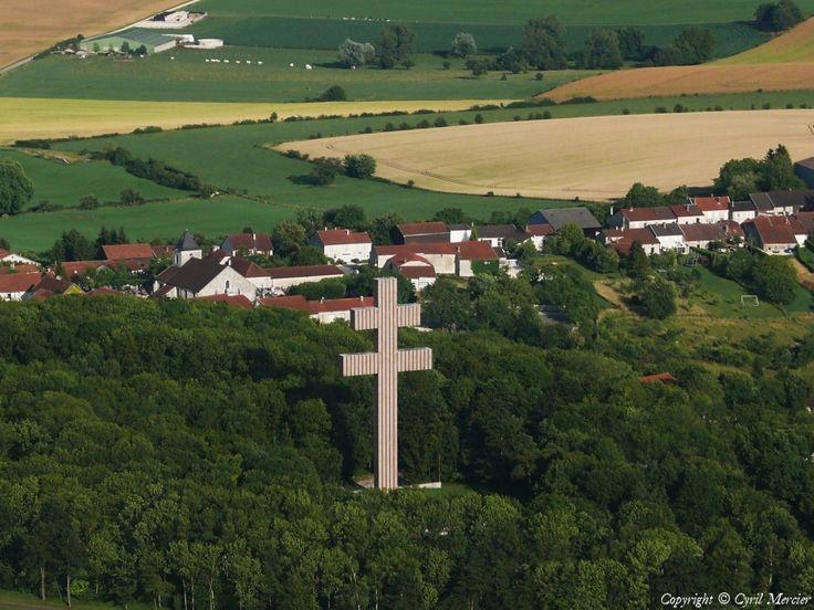 ✈️ Photo aérienne de : Colombey-les-deux-églises - Haute-Marne (52)