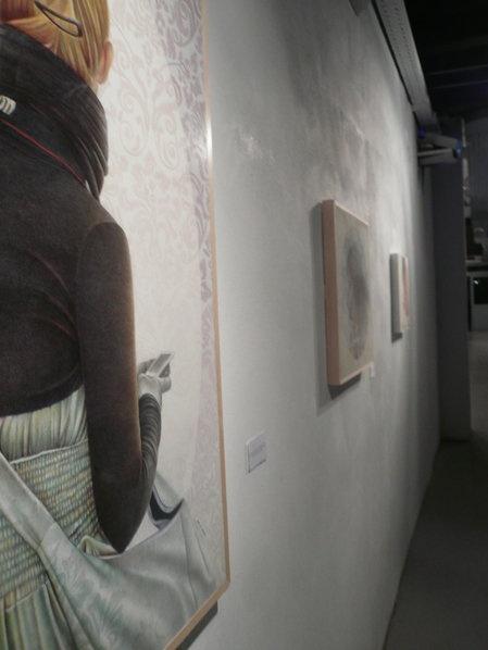 ARCHIVIARTi -la mostra-  collective exhibition presso Fabbrica Borroni. Disegno a matita di Cristina Iotti.