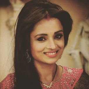 Parul Chauhan (Actress) Profile with Bio, Photos and Videos - Onenov.in
