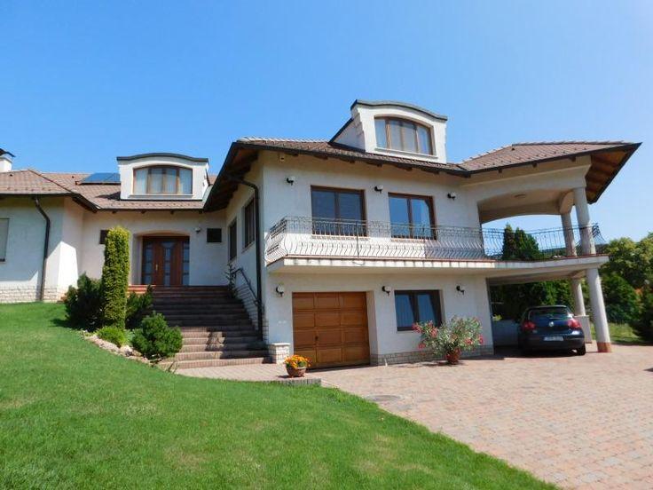 Csodálatos családi ház Rókusdombon eladó!