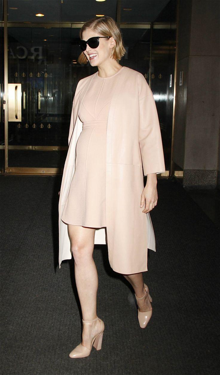 Фото беременных знаменитостей: Блейк Лайвли, Мила Кунис, Анджелина Джоли, Бейонсе и другие | Glamour | Glamour.ru