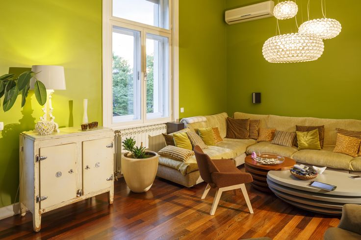 2017 Pantone Colour Of The Year is 'greenery'. If you're brave enough, this fresh yellow-green shade makes an amazing wall colour #greenismeanttobeseen #pantone #hitrends