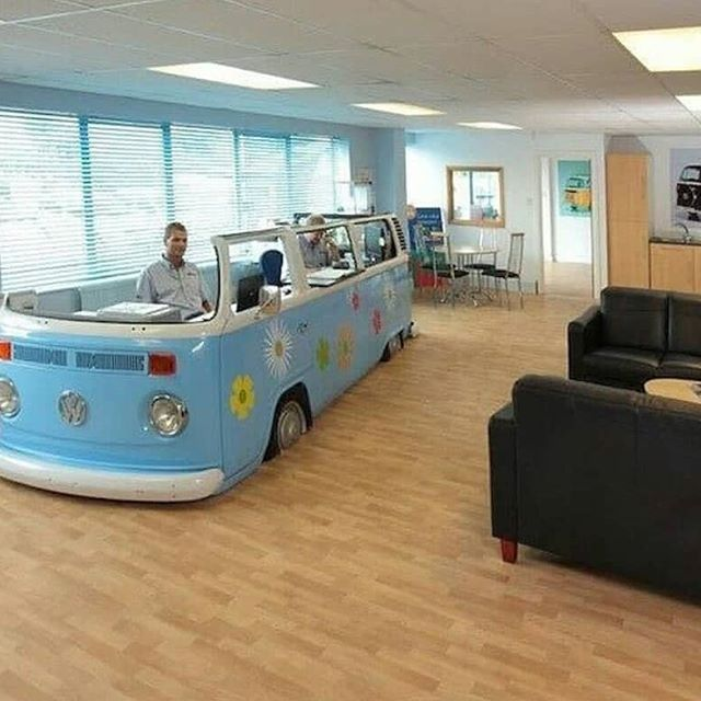 Now this is a desk I would sit at    by @urabusvw #inspiration #decoration #vanlife #combi #vw #idees #ideas #roadtrip