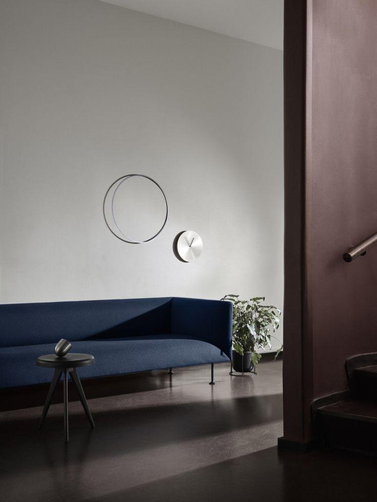 Nástěnné hodiny Norm Wall Clock, Brushed Steel | DesignVille