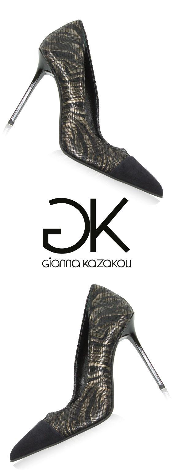 Glamorous pumps by Gianna Kazakou