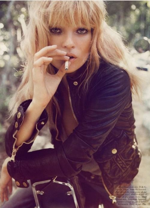 Love Kate Moss with this honey blonde color and heavy bangs.