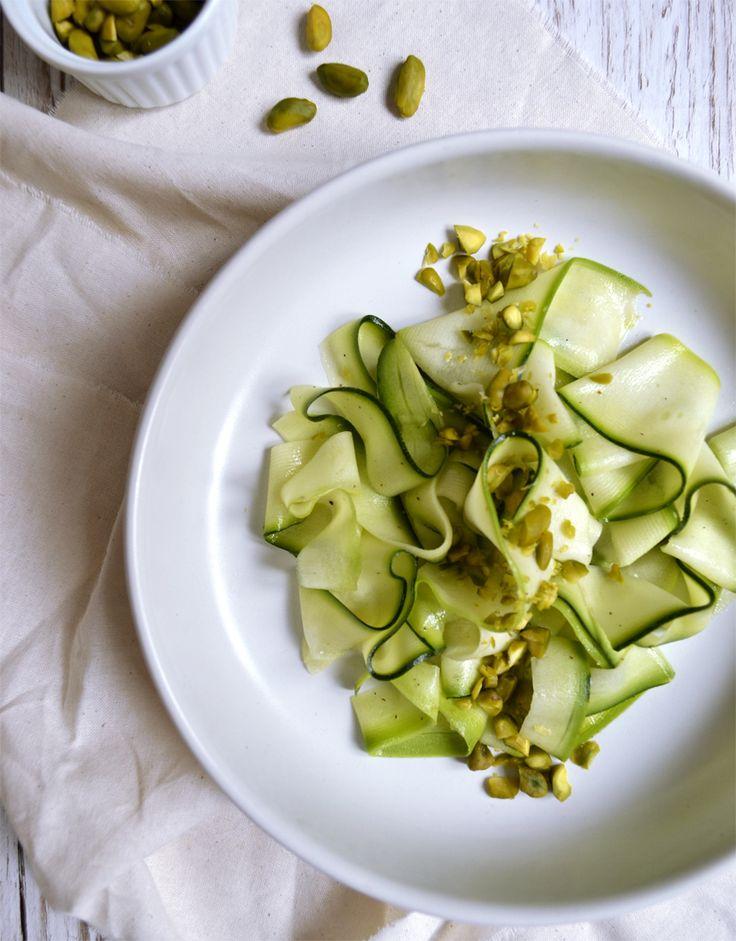 Tagliatelles de courgette et pistaches