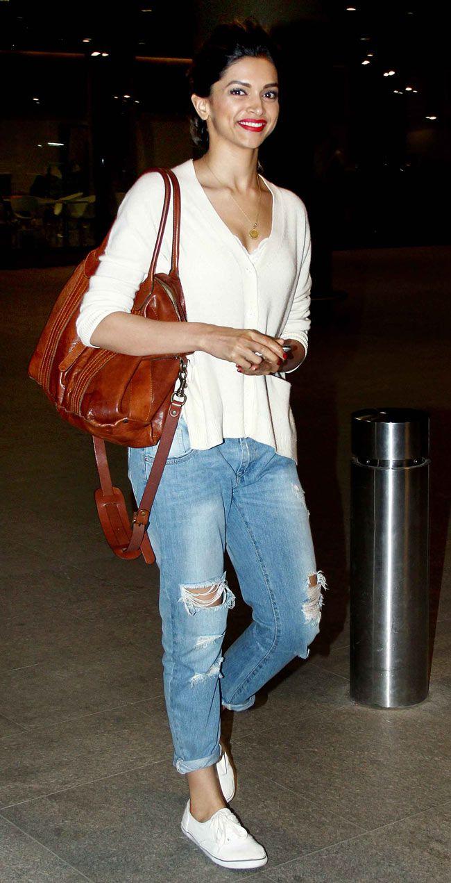 Deepika Padukone returning from the IIFA Awards (2014)
