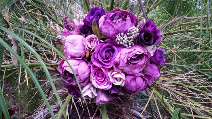 Pretty purple peony and rose bouquet