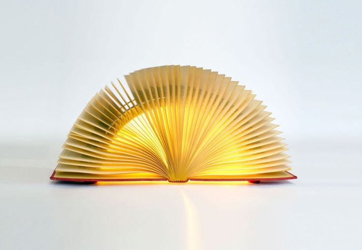 Booklamp Luce, Dutch design by Michael Bom. From 20th january in our bookstore Arentsen!