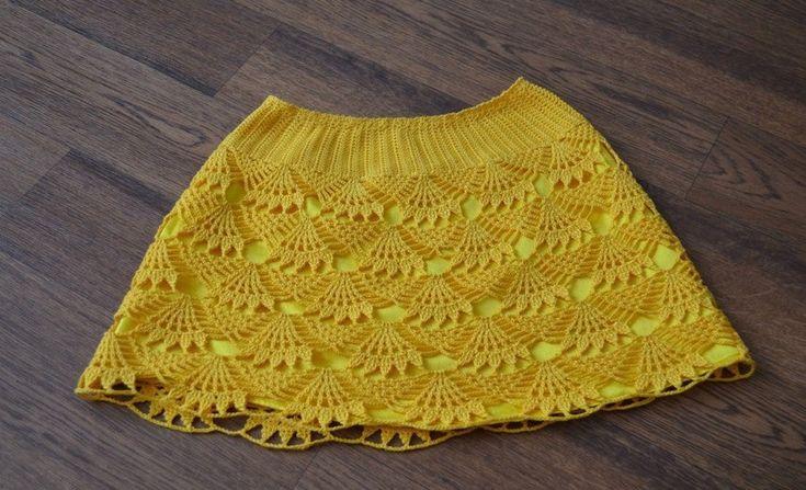 Crochet yellow skirt for girl