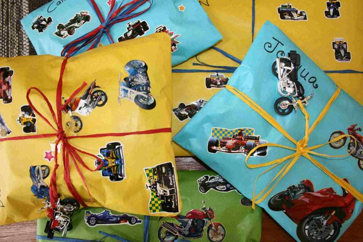 Wrap Gifts Creatively - News - Bubblews