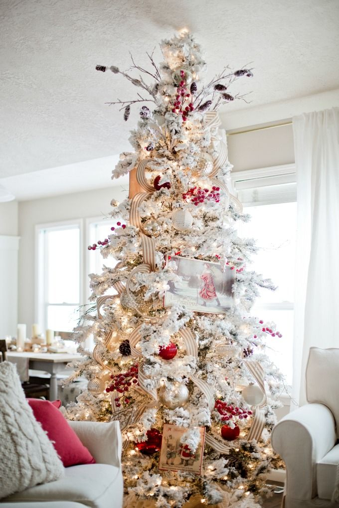 I love this flocked tree and Christmas Home tour!
