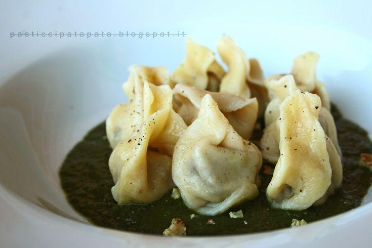 Pasticci Patapata: Ravioli alla crema di marroni e pesto di cavolo nero