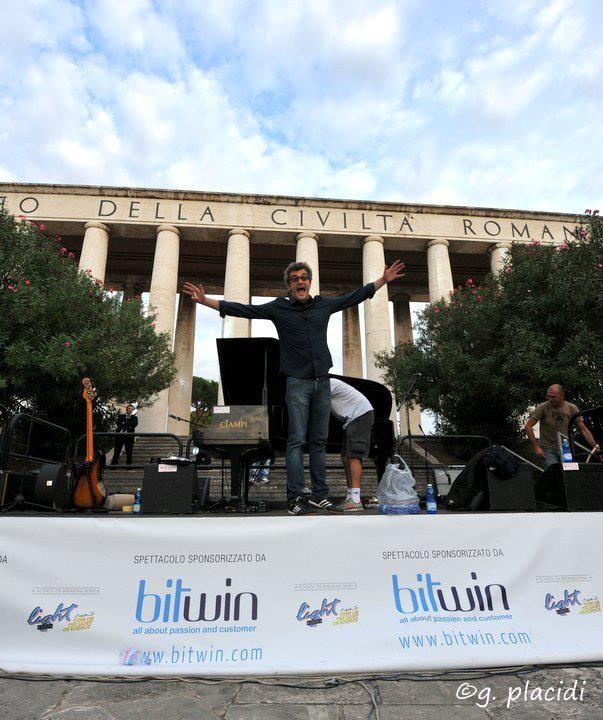 Videointervista: http://www.metamorgan.it/blog/intervista-a-gaetano-cappa-vocal-coach-di-morgan-a-x-factor-6/#