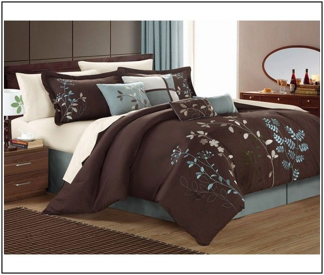 The 25 best chocolate brown bedrooms ideas on pinterest for Chocolate brown and blue bedroom ideas