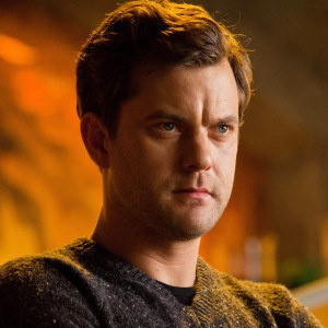 Joshua Jackson Talks Fringe Series Finale - The actor who portrayed Peter Bishop for five season recalls his favorite memories from working on the beloved Fox series.