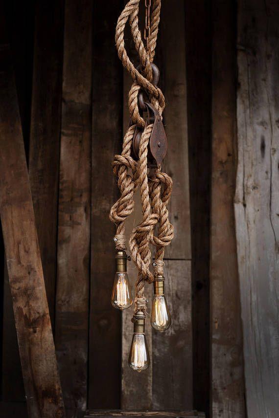 Der Schmied hängen Kronleuchter Holz Scheune Riemenscheibe
