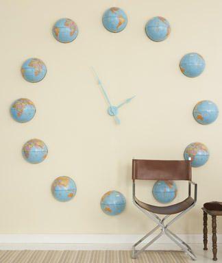 make a globe clock!Globes Clocks, Wall Decor, Decor Ideas, Maps, Globes Wall, Living Room, Wall Clocks, Interiors Decor, Diy Projects