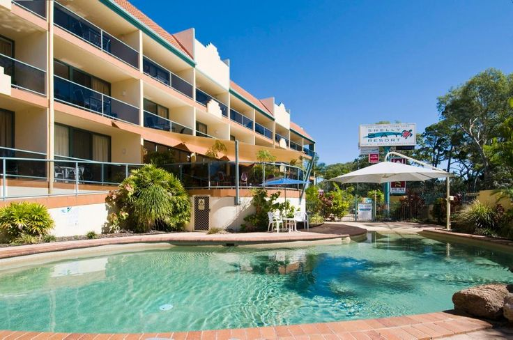 This one - opposite beach Shelly Bay Resort (Hervey Bay): See 100 Reviews and 64 Photos - TripAdvisor