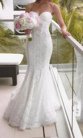 Pnina Tornai 4180/1187268: buy this dress for a fraction of the salon price on PreOwnedWeddingDresses.com