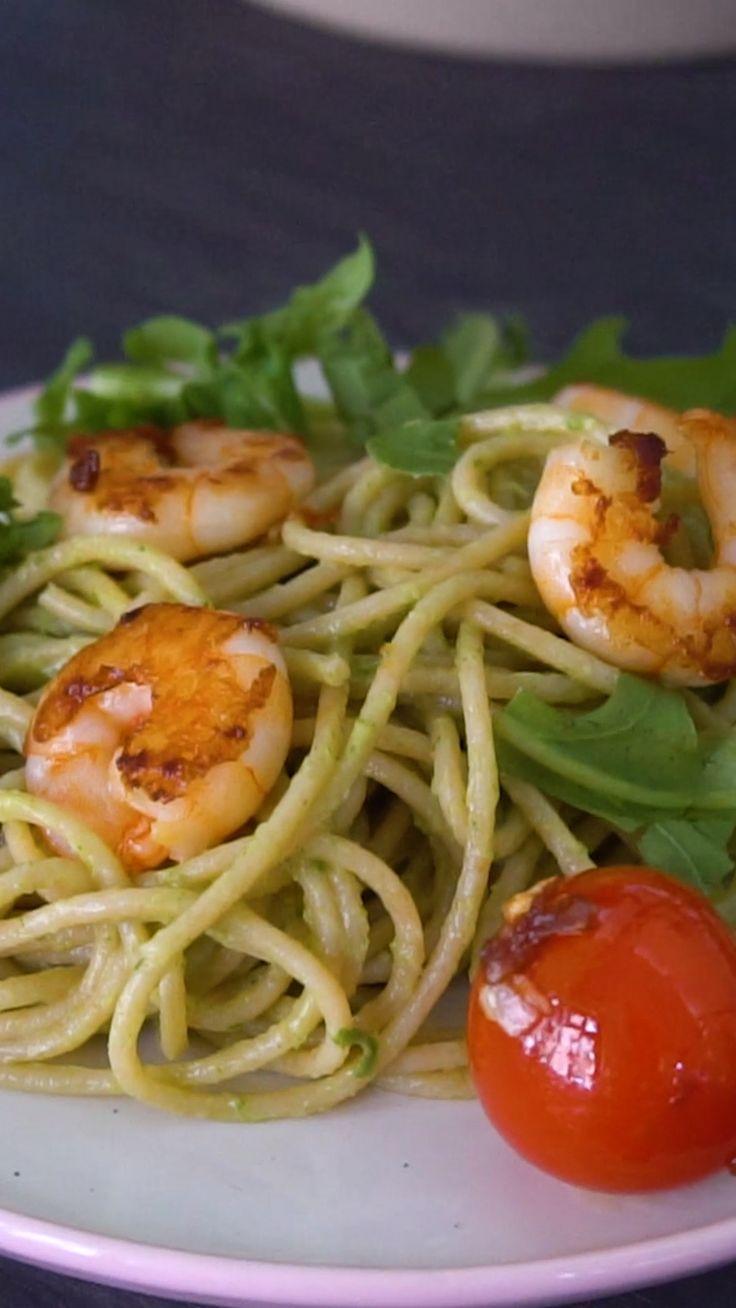 Avocado pasta with shrimps   – Gesunde Rezept-Videos