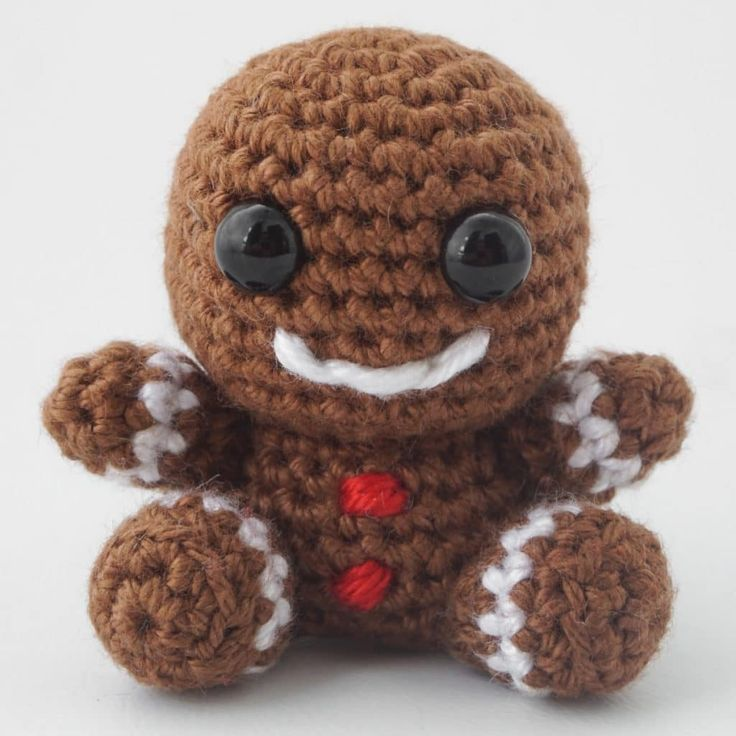 Amigurumi Crochet Gingerbread Man Pattern - Supergurumi