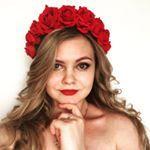 82 отметок «Нравится», 1 комментариев — УКРАШЕНИЯ ИЗ ЦВЕТОВ🌸НСК🌸 (@cvetyvvolosah) в Instagram: «Мама + дочь ❤️ Набор веночков для фотосессии или мероприятия. Наслаждайтесь красотой, а я…»