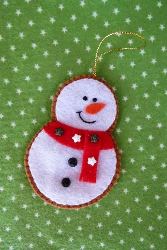 15 idéias de Enfeites de Natal em feltro                                                                                                                                                                                 Mais