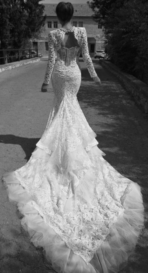 www.weddbook.com everything about wedding ♥ Inbal Dror Wedding Dress - 'Paris' Collection  #weddbook #wedding #fashion #dress