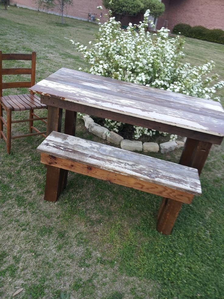 die besten 25 farm table with bench ideen auf pinterest. Black Bedroom Furniture Sets. Home Design Ideas