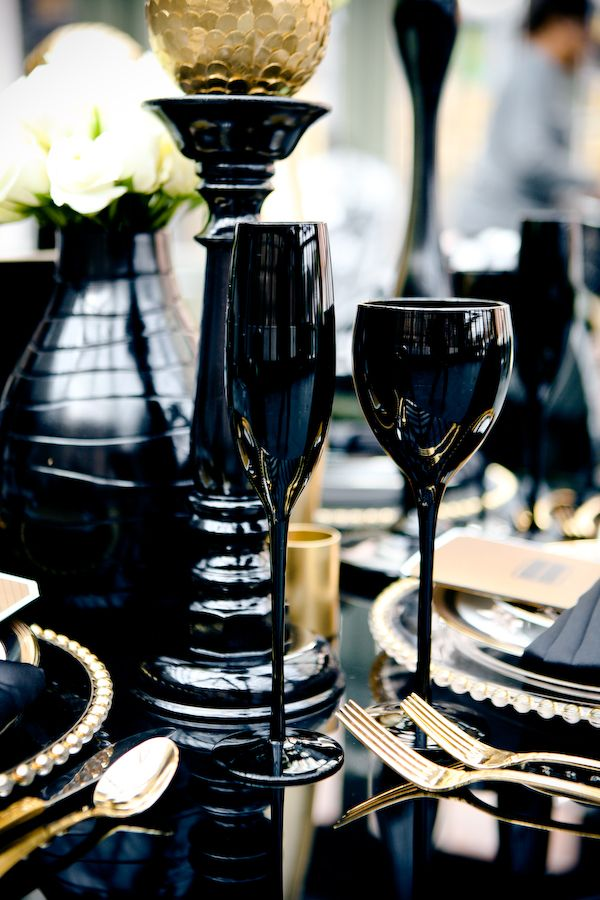 Classy black tie wedding ideas never go out of style. It's the perfect scheme for luxurious and romantic wedding glam defined by beautiful candlelit table settings, dim lighting, posh bouquets and more! This kind of decor is just what you need for weddings in the colder months ahead and for the perfect formal evening affair.