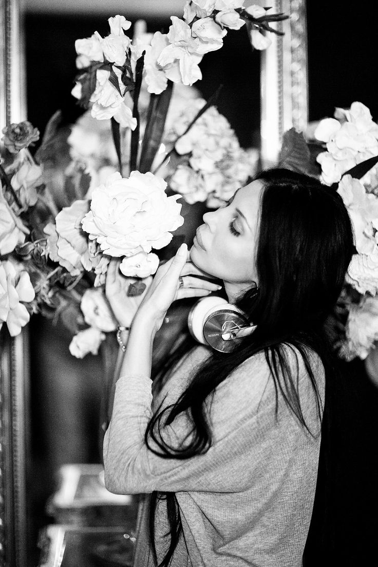Ingrid Vlasov,black and white,style