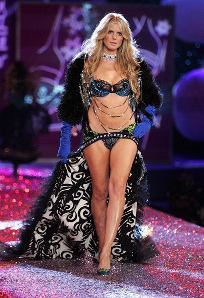Victoria's Secret Fashion Show 2005 Russian The Victoria s Secret Fashion