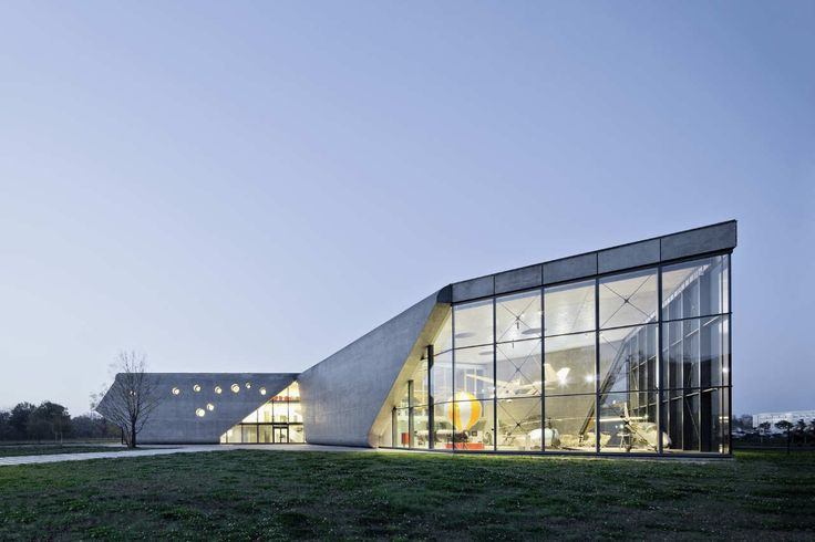 Gallery of Museum of Aviation and Aviation Exhibition Park / Pysall. Ruge Architekten + Bartlomiej Kisielewski - 1