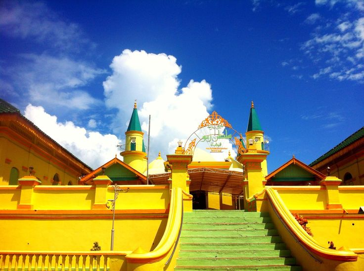 raya mosque penyengat island